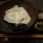 土風炉 - 出来たて豆腐:336円