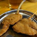 毘利軒 - 2012.8 生ビールセット(780円)の内、若鳥、豚