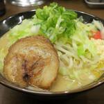 143410761 - 豪麺850円(麺柔らかめ、ニンニク普通)