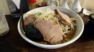中華食堂 きずな  - 特製濃厚とんこつラーメン:750円