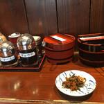 生守らーめん - 料理写真:辛子高菜。ほんとに辛いのでちょっとづつ味わいました。