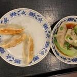 重慶厨房 - 海老水餃子&焼き餃子