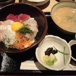 14342225 - 海鮮丼定食
