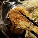 日本酒と生牡蠣 赤坂ソネマリ - カキフライアップ