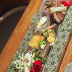 紗羅餐 - 料理写真:クリスマス膳の盛りだくさんな前菜