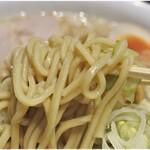 ラーメンの店 ホープ軒 - カタメにして普通な麺。