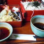手打そば甚作 - 料理写真:天ざる蕎麦