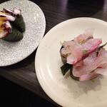 亀正くるくる寿司 - 別府産のたこぶつ180円とりゅうきゅう130円。