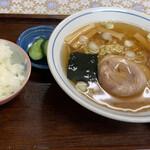 松の食堂 - 料理写真:中華そば¥550
