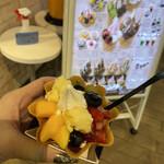 マザー牧場 カフェアンドソフトクリーム - クッキーボウルフルーツブーケ