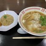 143458870 - 広島ラーメン炒飯セット