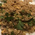 アジアンビストロ Dai - 豚肉とパイナップルの炒飯 アップ