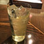 アジアンビストロ Dai - 食前のレモングラスジャスミンティー