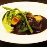 14346044 - 北海道産和牛のほほ肉の赤ワイン煮