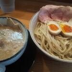 わ河馬 - 料理写真:鶏白湯つけ麺大盛(煮卵 チャーシュー)