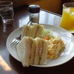喫茶翡翠 - サンドイッチモーニング600円