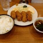 深川 煉瓦亭 - 料理写真:カキフライライス(税込1100円)