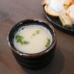 New kitchen we - スーパーフードの菊芋スープ