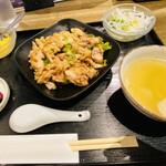 外灘紅緑灯 - 油淋鶏ランチ