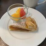 ノーザンテラスダイナー - 札幌グランドホテル名物のアップルパイ