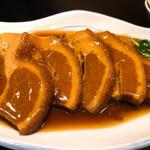 chuugokuryourigouka - 豚三枚肉の蒸し煮 温野菜添え2640円。