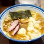麺屋はやしまる - 料理写真:醤油+海老わんたん