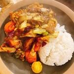野菜を食べるカレーcamp - 一日分の野菜カレー