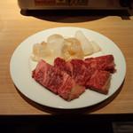 KurumeriaARK - 焼肉プランの黒毛和牛カルビと焼用海鮮