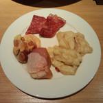 KurumeriaARK - ぷりぷりのシマ腸と鶏モモ
