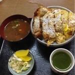 松葉屋 - カツ丼大盛り