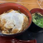 143536903 - 玉子丼セット