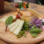 夜景×チーズ肉バル GARDEN -