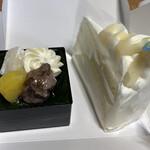 もりもと - 左が利休、右がミルクケーキ