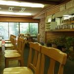 自然派レストラン おばんざい - 店内