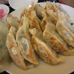 餃子苑 富丘の里 - 餃子食べ放題 最初の構成