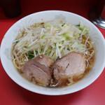 143577102 - 小ラーメン(麺少なめ)