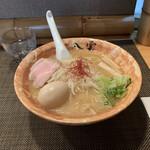麺匠 八雲 - 料理写真:味噌ラーメン¥800 味付煮卵¥100