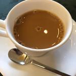 篝火の湯 緑水亭 - 食後のコーヒー。