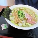 麺SAMURAI 桃太郎 - 塩には袋わさび付き