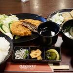 ASAHI食堂 - メンチカツ定食