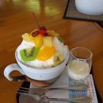 UCCガーデニア - かき氷しろくま ~特性ミルク蜜~ \680