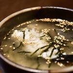 47都道府県の日本酒勢揃い 富士喜商店 - おでん出汁茶漬け@390円:カメラ、寄せてみました。