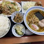 お食事処 日本亭 - 料理写真:まんぷく定食ご飯大盛り