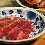 広島ホルモン・冷麺・元祖たれ焼肉 肉匣 - 中厚タン