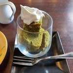 コーヒーとお茶の専門店 方丈 - デザート付きにすると1,590円です。