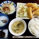 台湾料理 夏 -   ランチ  えびの天ぷら