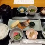 和食 うおまん - 「二日目の『うおまん冬の朝御膳¥2,500』(* ˘ω˘ *)」 令和二年 晩秋の候