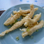 松竹飯店 - ホワイティーな唐揚げ 食感はイマイチですが、鶏の臭みも無くて美味しいです