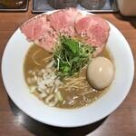 143653242 - 濃厚 烏賊煮干 煮玉子入り(醤油)