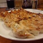 143659920 - 大皿焼き餃子(18個)